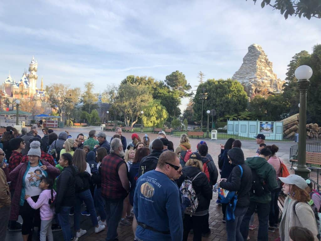 Rope Drop at the Disney parks crowds